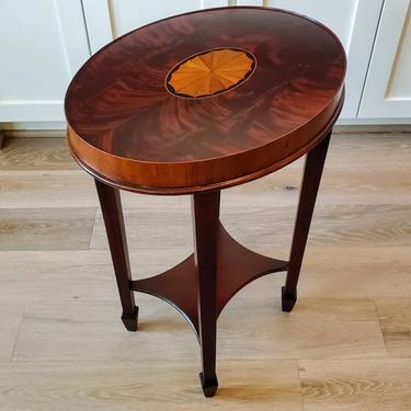 Hekman Flame Mahogany Marquetry Inlaid Copley Place Oval Tiered Accent Table 5-4172- 24 by LynxHollowAntiques