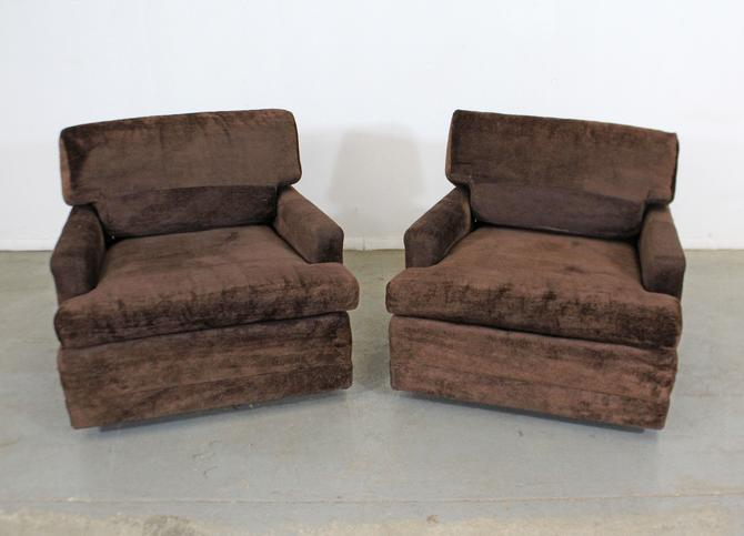 Pair of Vintage Mid-Century Modern Milo Baughman Style Lounge Club Chairs by AnnexMarketplace