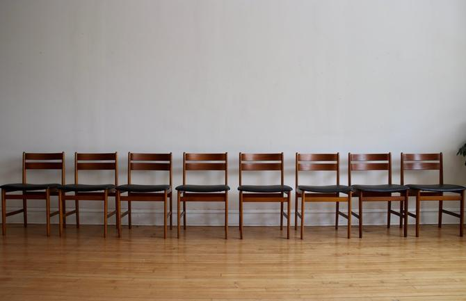 Set of 8 Mid Century Danish Modern Teak Dining Chairs by SharkGravy