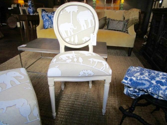 SINGLE OVAL BACK PAINTED FRENCH STYLE CHAIR