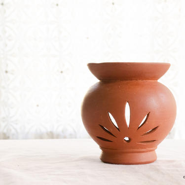 Handmade Terracotta Essential Oil Burner, Terracotta Aromatherapy, Housewarming Gift, Hostess Gift, Handmade Mother's Day Gift by TerracottaTales
