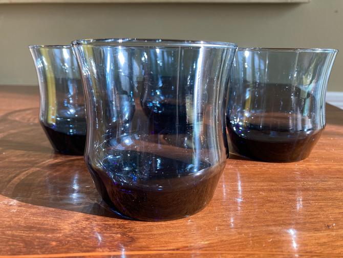 Libbey Apollo Dusky Blue Rocks Glasses by RavenPearVintage