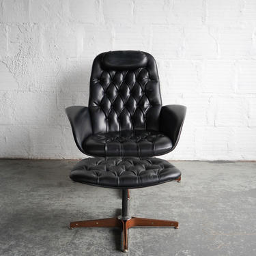 Plycraft Mr Chair Lounge and Ottoman