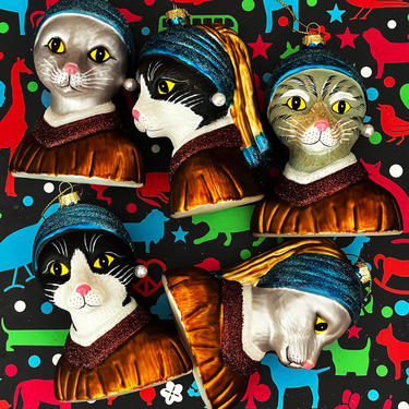 Naked Decor Exclusive: SET of 3 Kitty Cats with a Pearl Earring Ornaments