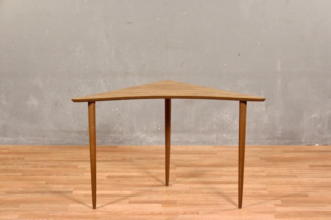 Mid Century Laminate Boomerang Corner Table – ONLINE ONLY