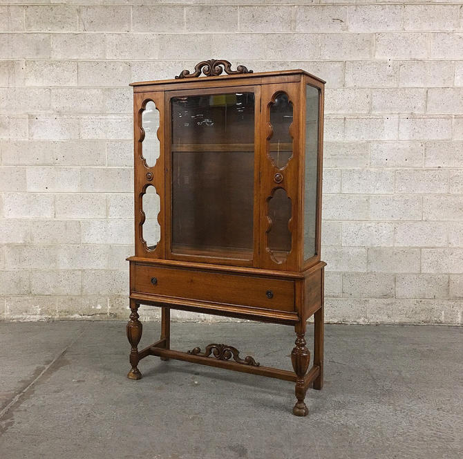 LOCAL PICKUP ONLY ------------ Antique Thomlinson mfg Cabinet by RetrospectVintage215