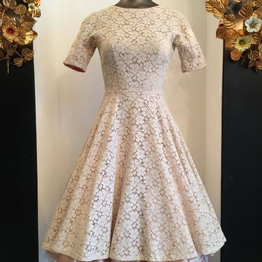 1950s lace dress, fit and flare dress, vintage 50s dress, full skirt dress, beige and blush, size x small, mrs maisel style by melsvanity