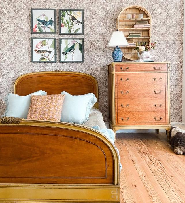 Vintage Bedroom Collection