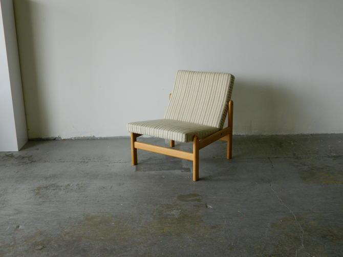 HA-18232 Danish Oak Slipper Chair by Jorgen Baekmark for FDP Mobler.
