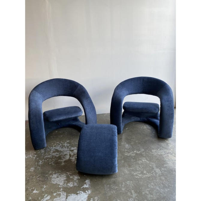 1980s Vintage Memphis Sculptural Cantilever Chairs and Ottoman by VintageOnPoint