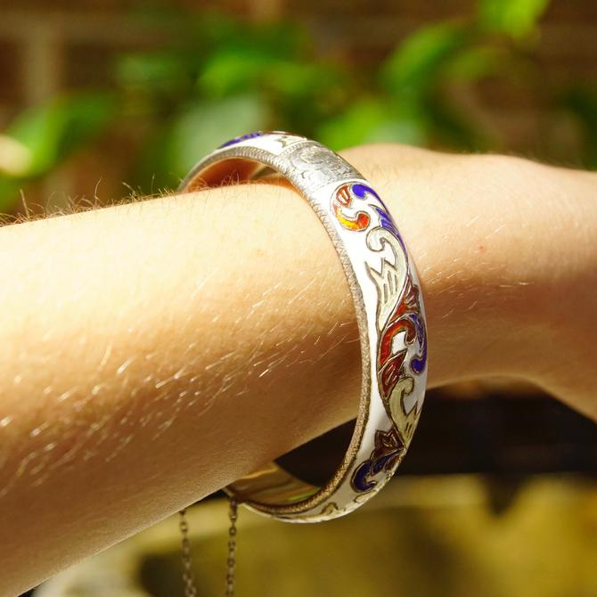 Vintage Siam Sterling Silver Enamel Hinge Bangle, Colorful Bangle With Engraved Designs, White, Red, Blue, Slide Clasp, Security Chain, 925 by shopGoodsVintage