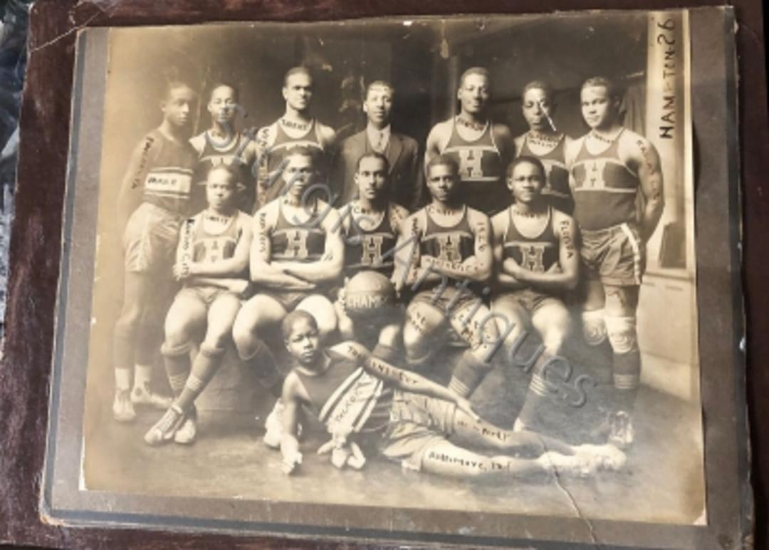 Very Rare Photograph Of 1926 Hampton College African