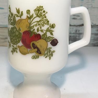 """Corning Ware """"Spice of Life"""" Footed 10oz. White Milk Glass Mug / Cup by JoyfulHeartReclaimed"""