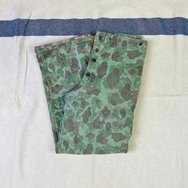 Size 33x31 P44 P1944 Reversible Frogskin Camouflage Camo USMC Pants by BriarVintage