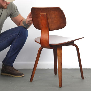 Bentwood Desk Chair by Thonet (Up to 40 Available) by ABTModern