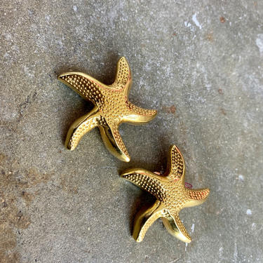 Vintage 80's Gold Starfish Clip on Earrings by VintageRosemond