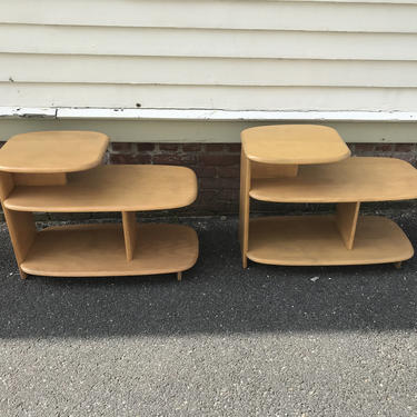 Pair Heywood Wakefield Surfboard 3 tier end tables C3753G by QuaboagValleyAntique
