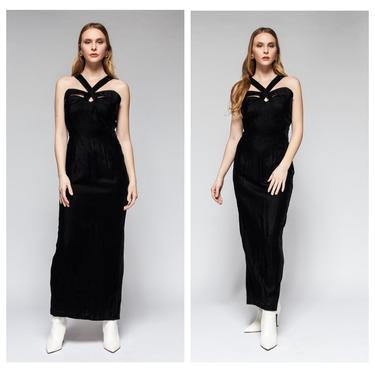 Black Out Gown by 2QueensVintage