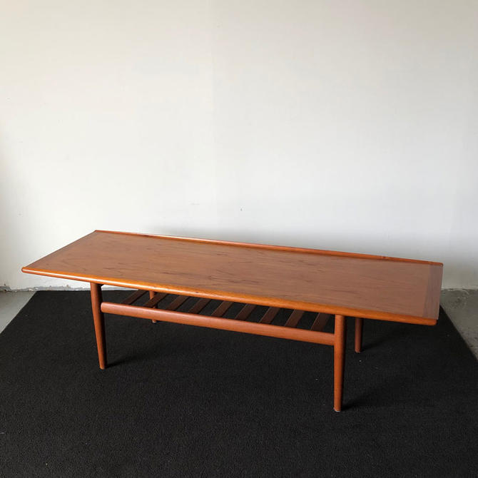 HA-19120 Grete Jalk Teak Coffee Table