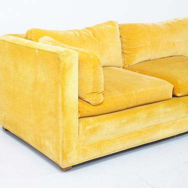 Velvet Sofa by BetsuStudio