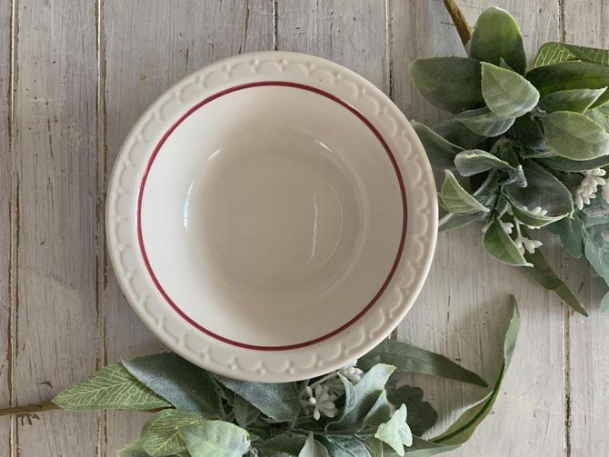 Syracuse China Restaurant Ware Red Border Bowls Set of 3 by MyemBellashedLife