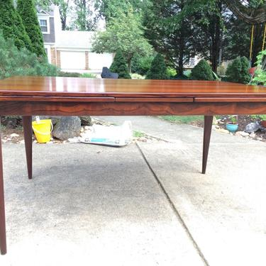 Danish Modern rosewood Dining Table by Niels O JL Moller by DanishGarage