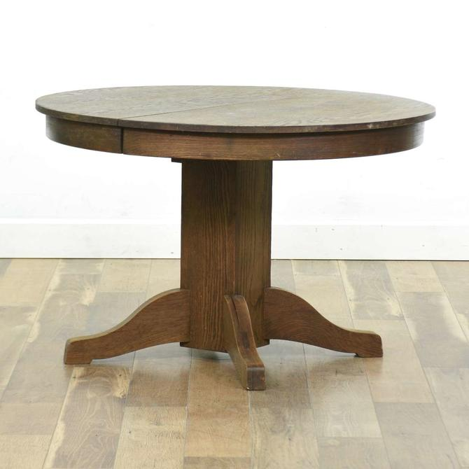 Lucknow Table Co Vintage Round Dining Table