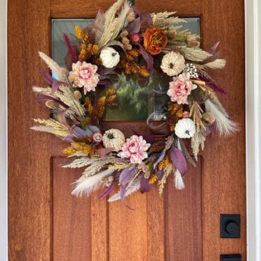 Fall color palette wreath with dried strawflowers, Pampas Grass and Hops Wreath, Mauve Fall Wreath, Fall Wreath for Front Door by NovaWreaths