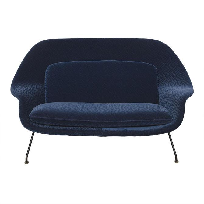 Rare Early Production Eero Saarinen for Knoll Vintage Womb Sofa / Settee