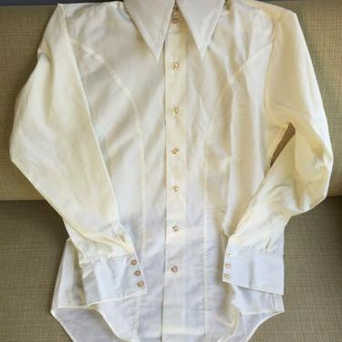1970S DEADSTOCK MEN'S SMALL LONG SLEEVE CREAM PRINT DRESS SHIRT 14 1/2 vintage