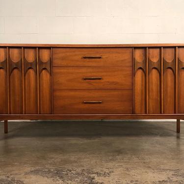 Kent Coffey Perspecta Mid-Century Modern Credenza / Dresser / TV Stand by modernmidcenturyfurn