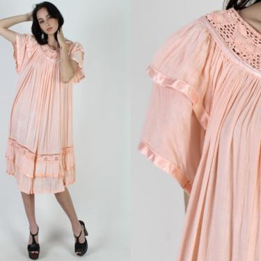 Coral Gauze Mexican Dress / Thin Sheer Tie Dye Cotton Dress / Crochet Lace Beach Cover Up Dress / Vintage 70s Mexican Festival Midi Dress by americanarchive